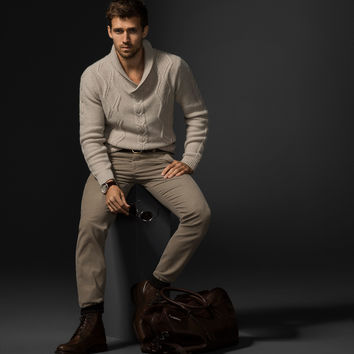 outfit-masculino-ideias-cardigan-bege